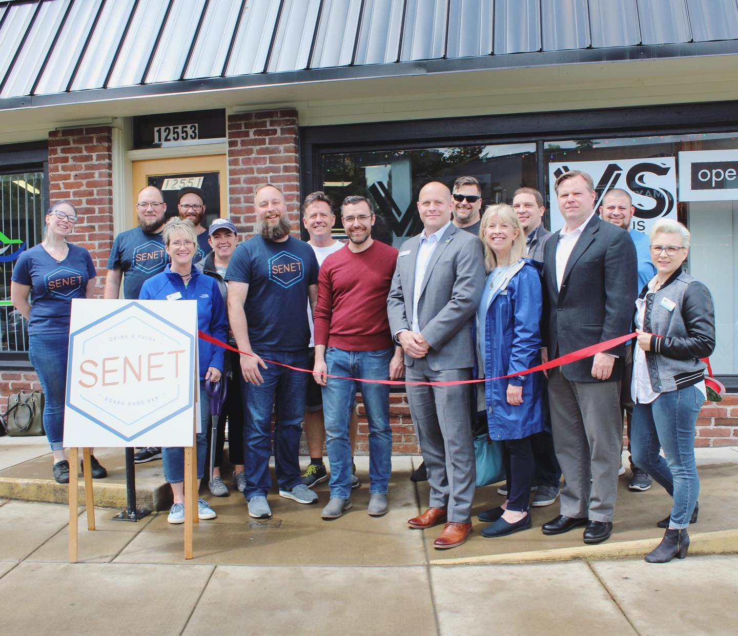 senet ribbon cutting